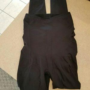 Spanx/ red hot spanx leggings